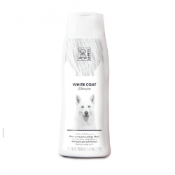 Shampooing Chiens aux Cheveux Blancs (6)